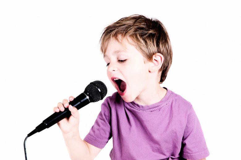 تاثیر جالب آواز خواندن بر سلامتی چیست ؟ | موسیقی درمانی | روانشناس بالینی |  سجاد امینی
